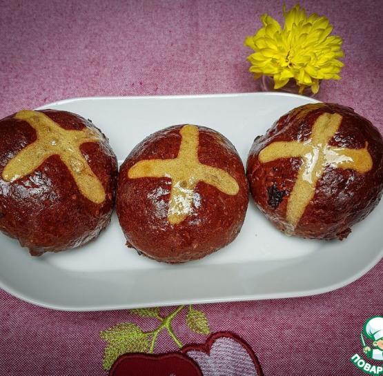 Крестовые булочки с шоколадом