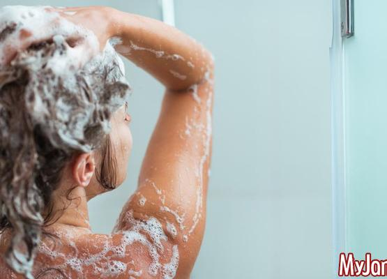 Волосок к волоску: как выбрать полезный шампунь