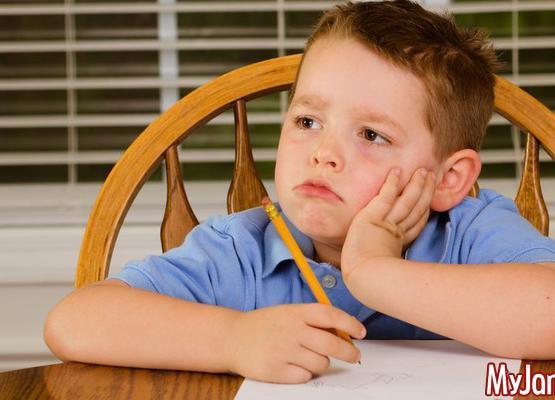 Как научить ребенка самостоятельно делать уроки?