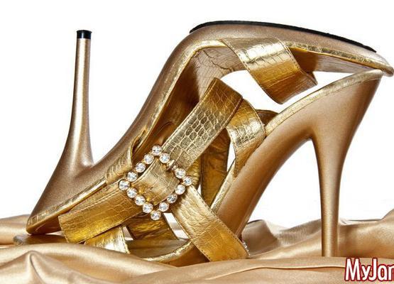 Вечерние туфли на каблуках для Нового года