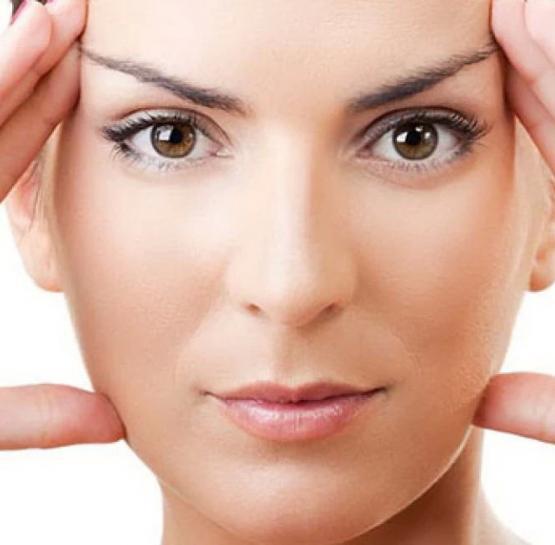 Բնական փափկեցնող դիմակ դեմքի և վզի համար, որը կարող եք պատրաստել տնային պայմաններում