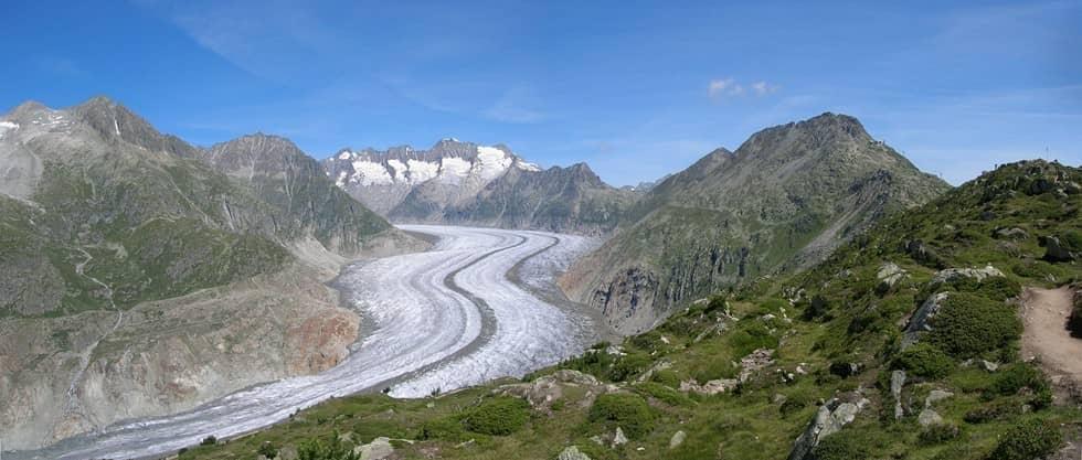 В Швейцарских Альпах тают ледники